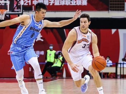 0分1篮板1失误,北京赢上海范子铭被弃用,发挥还不如混血中锋