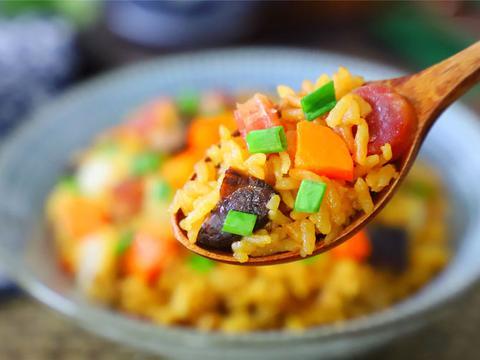 电饭煲懒人焖饭,饭菜一锅出,简单好吃有营养,学会不用点外卖了