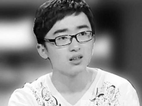 复旦学霸袁涛被退学,因3次怼母校,教育更应该重视哪方面