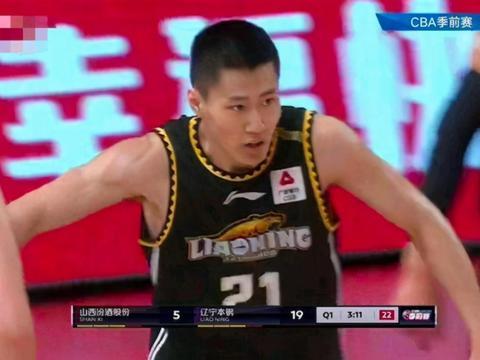 中国篮球00后天才不可阻挡!3场砍16+12+12,高帅富杨鸣点名表扬
