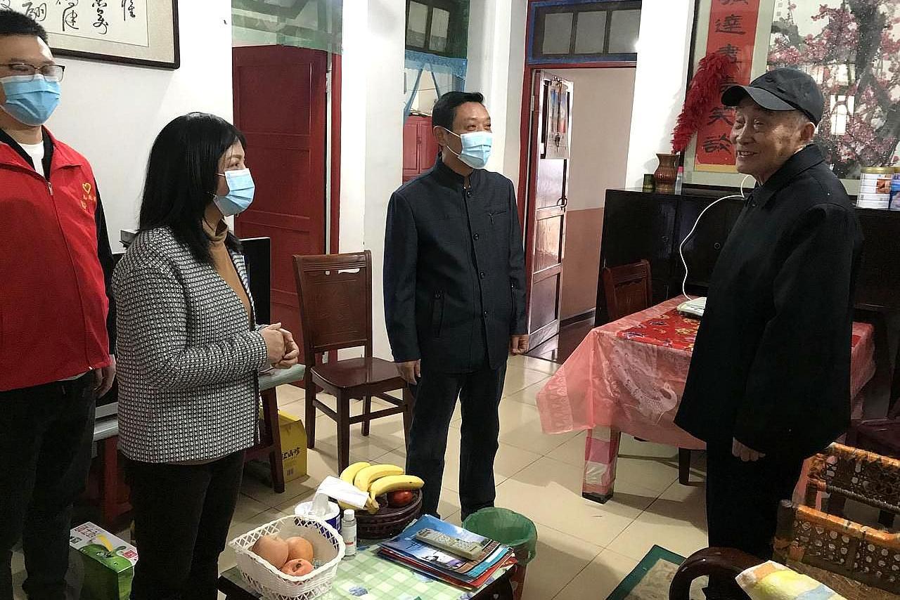 武汉市新洲区联合举办,欢度重阳佳节敬老活动,是啥情况