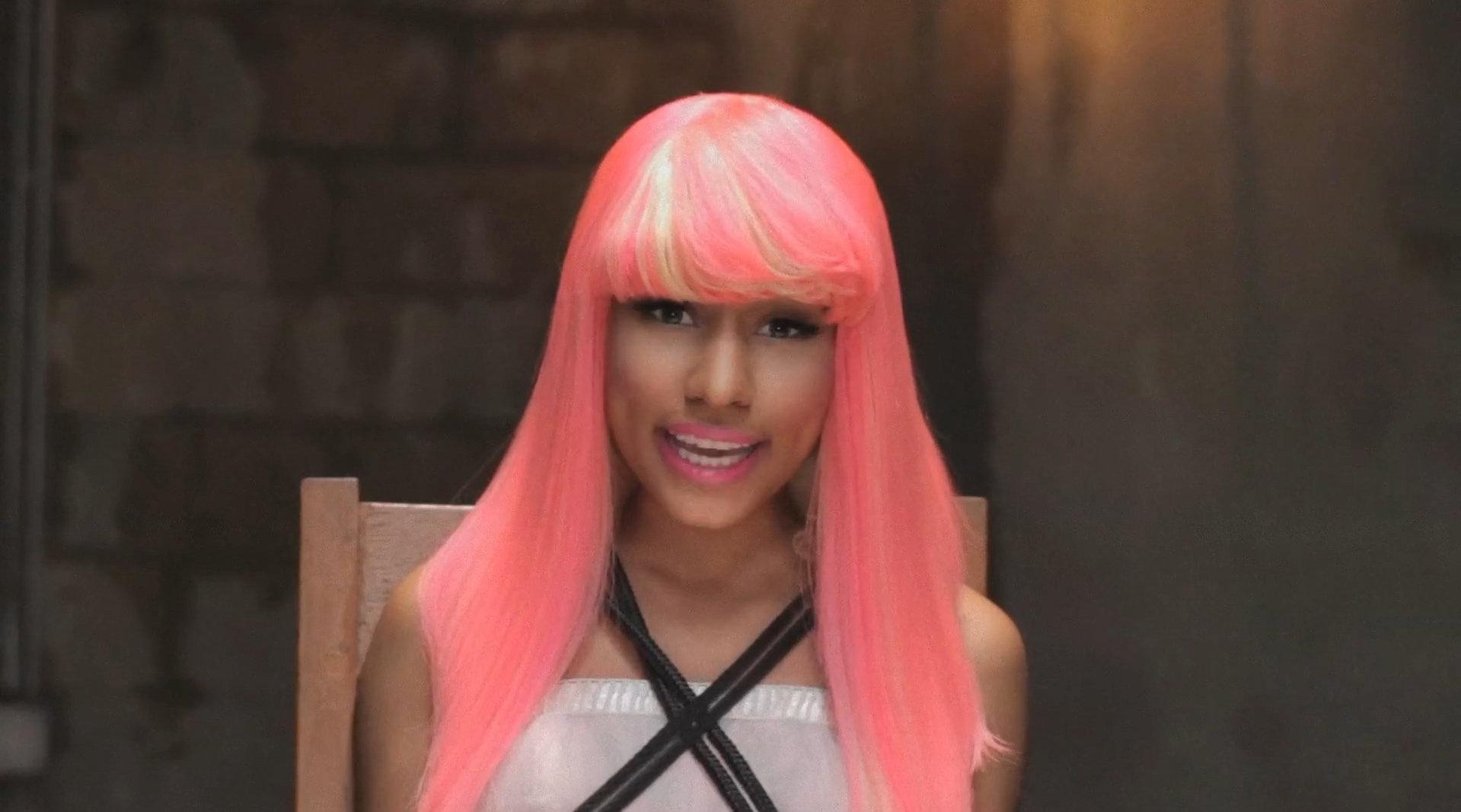 今天是Kanye West联手麻辣鸡Nicki Minaj、Jay-Z、Rick Ross的《Monster》