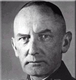 刺杀希特勒失败后维茨勒本元帅被捕,在法庭上痛斥法官和陪审团