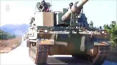 韩国155毫米K9雷霆自行火炮,有1200辆,维基上的单价390万美元