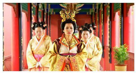李显驾崩后,明有三十一岁的皇子,为何却由十六岁的李重茂继位?