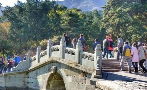 """北京""""最美""""的红叶景区,旅游旺季到了,成为北京一日游的首选地"""