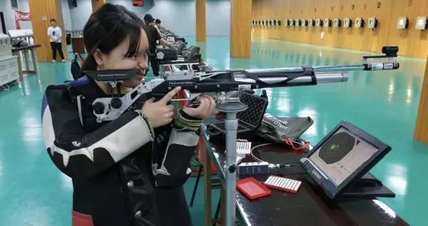 花季少女刘婷玉破福州射击纪录