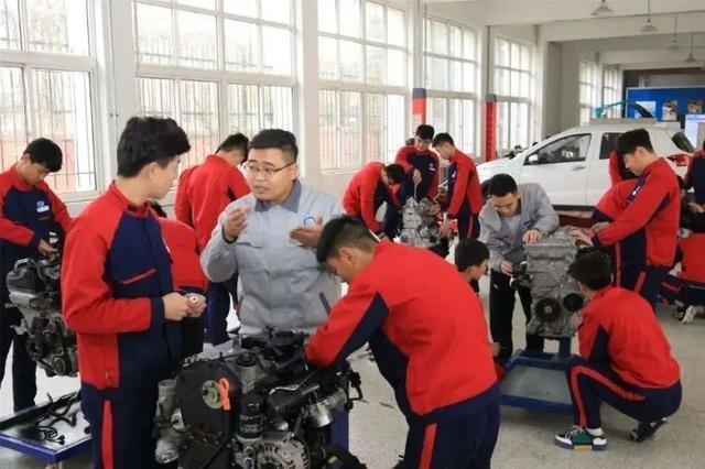 青岛三部门发文:职业院校与技工院校要共享职业教育优质资源
