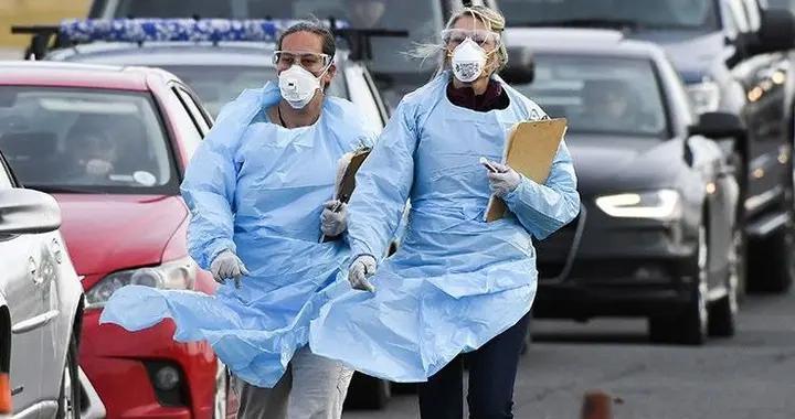 钟南山张文宏预言成真,国外第二波疫情已爆发,最害怕事情发生了