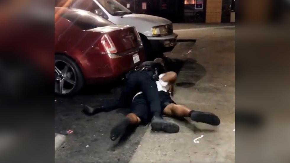 美国再发生警察击毙黑人男子事件