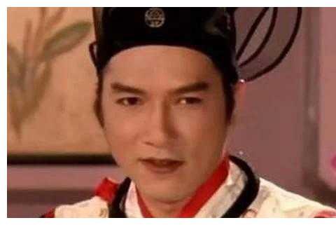 """""""西门庆""""饰演者回应不育传闻,与太太携手23年,恩爱如初"""