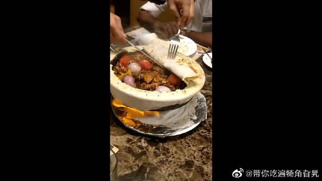 人间美味是火锅,但是这种火锅饼你们吃过吗,看着好想尝尝