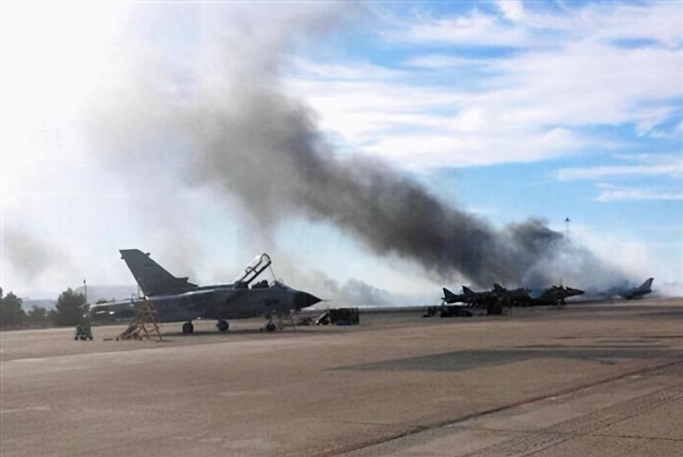 美军连发3起战机事故,2名飞行员死亡,还要面临巨额赔偿