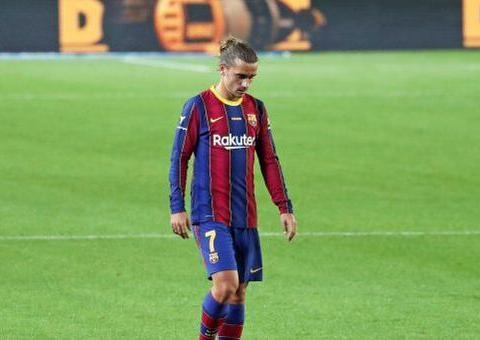 新赛季格列兹曼5次出场的时间里,0球0助,表现和状态堪称梦游