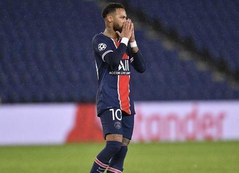 大巴黎主场4-0大胜第戎队,小基恩和姆巴佩梅开二度。