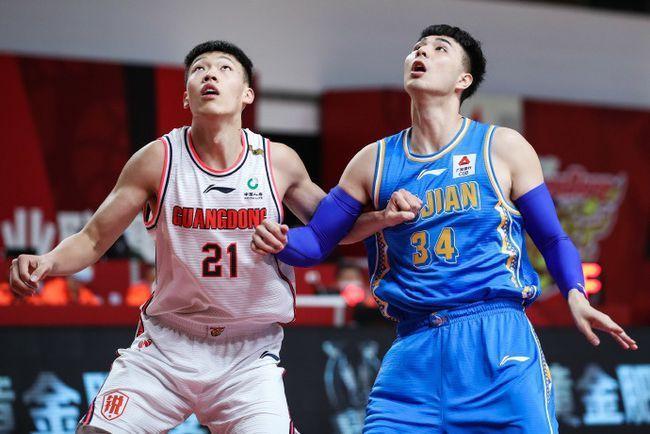 神奇不在!广东队季后赛奇兵被弃用,杜锋重点培养三位年轻球员