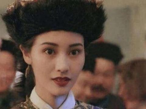 """母亲是李嘉欣,父亲许晋亨,""""试管"""",儿子的样子难以形容"""