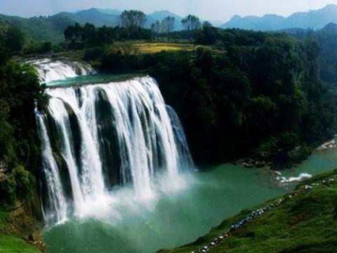 贵州第一高楼瀑布,每日电费2万,比黄果树瀑布还高!
