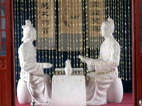 是巧合还是天意?陪伴苏轼不同人生阶段的三位王姓女子