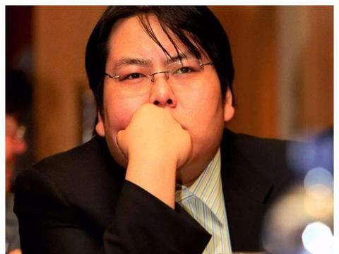 花5000万娶车晓,10年败光百亿家产,钢铁大王李兆会现状如何?