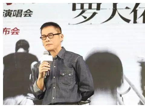 华语男歌手谁才是中国音乐第1人?谭咏麟算不上,周杰伦得票最多