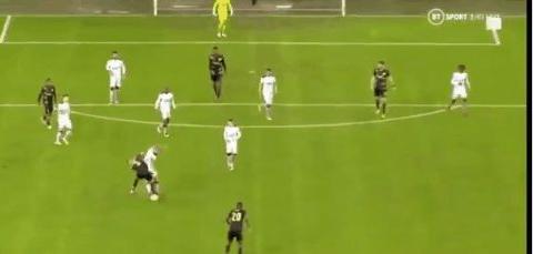 杰拉德弟子打进50米外的欧联杯进球,比小贝和鲁尼的进球都要远