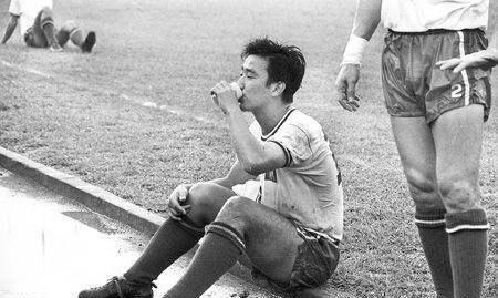 香港电视足球评述员林尚义,粤语讲波界一代宗师,球迷敬重的阿叔