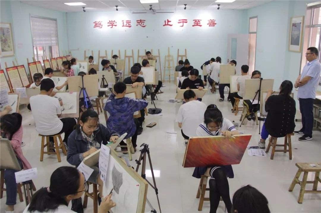 新京报:音乐美术入中考,需坚决避免升学导向图片