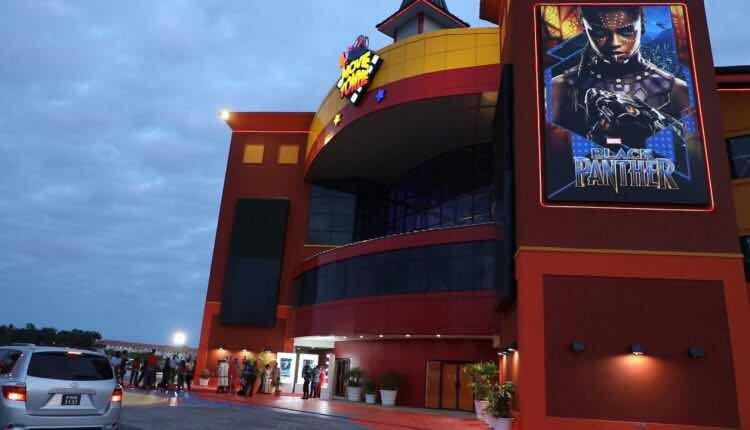 为管控疫情圭亚那电影院关闭至月底 首个露天汽车影院获准营业
