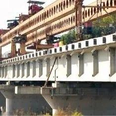 交通 | 武汉新港又一个重大节点打通,江北铁路柴泊大道特大桥全线架通