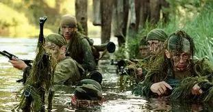 为何普京面对西方制裁底气十足?俄罗斯少年军校从来不是闹着玩的