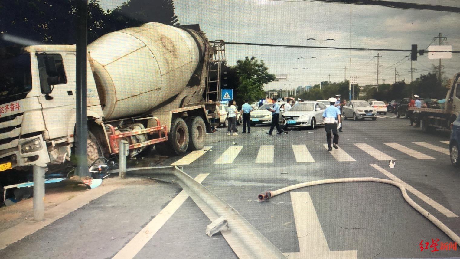 货车超速超载还闯红灯致2人死亡 肇事司机和物流公司多人被追责