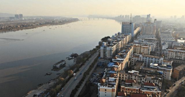 """江西省""""最幸运""""的城市,将建三台七线高铁站,预计明年正式通车"""