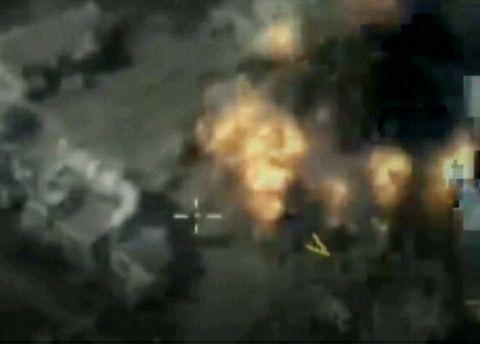 叙利亚伊德利卜西部地区遭俄战机空袭 致100人死亡140多人受伤