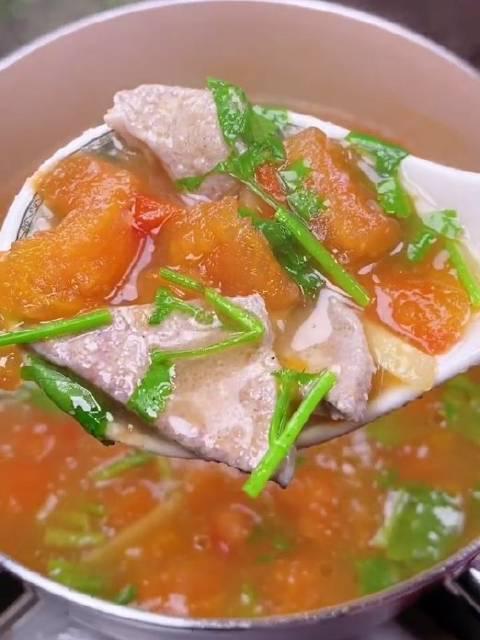 番茄猪肝汤也是我家孩纸,在秋冬季常喝的汤