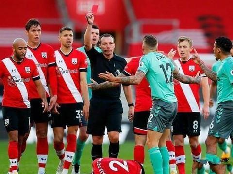 英斯两助攻 迪涅染红 埃弗顿0-2南安普顿遭遇赛季首败
