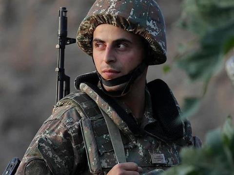 神秘防空部队开火,土耳其无人机纷纷坠落,亚美尼亚一举逆转败局