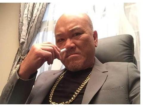 66岁香港男演员内地唱歌一场赚数万:好运气的前提,是拼命努力