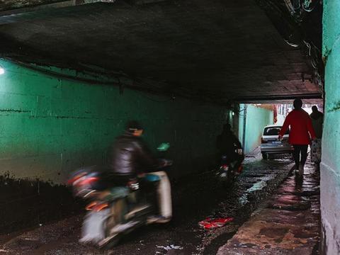 """武汉一城中村,10万""""汉漂""""的避风港,堪比九龙城寨"""