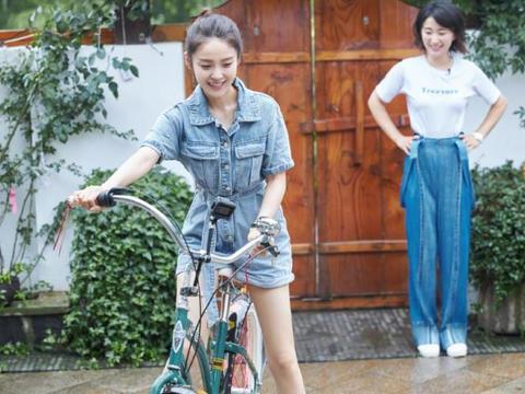 张佳宁是个宝藏女孩,穿搭减龄又可爱,驾驭起香芋紫色真的A爆了