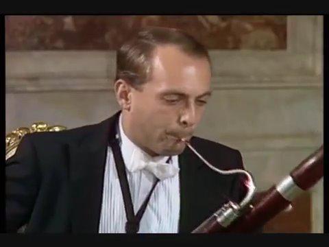 贝多芬 《降E大调管乐八重奏》 op.103 (2) 贝多芬的《降E大调管乐八重奏》