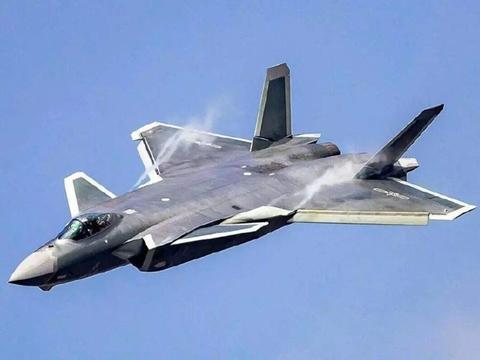 同为国产五代机,歼-20与FC-31有什么区别?为何FC-31还没转正?