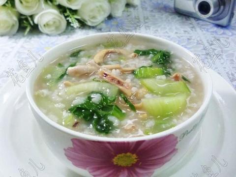 鱿鱼鲞青菜大米粥,味道鲜美好喝