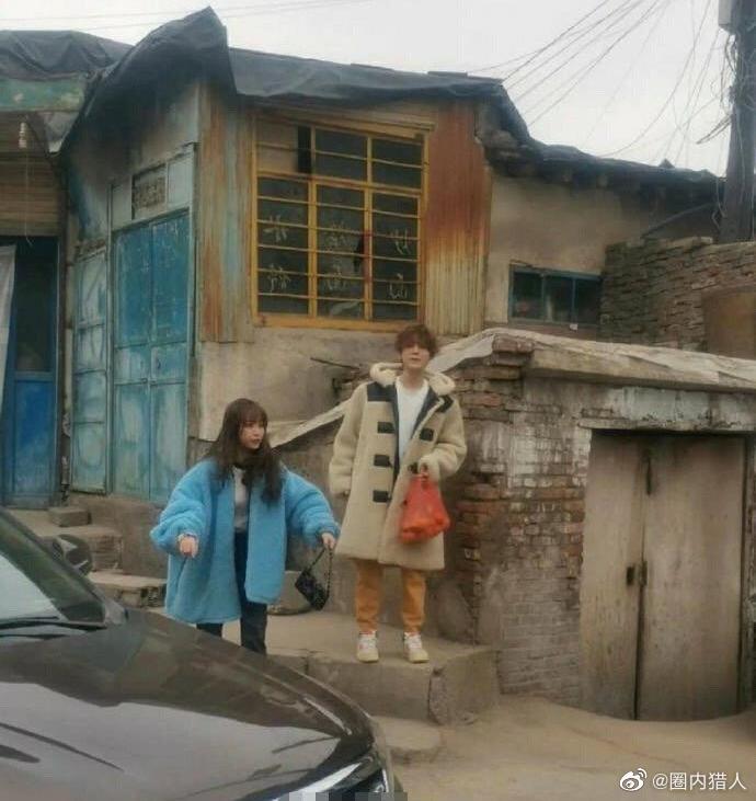 邓超、鹿晗、虞书欣综艺路透,这打扮是不是有点随意哈哈哈哈……
