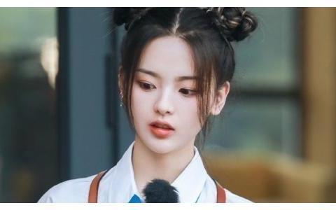杨超越出演新剧《理想之城》,看到她带到剧组的东西,不愧是你