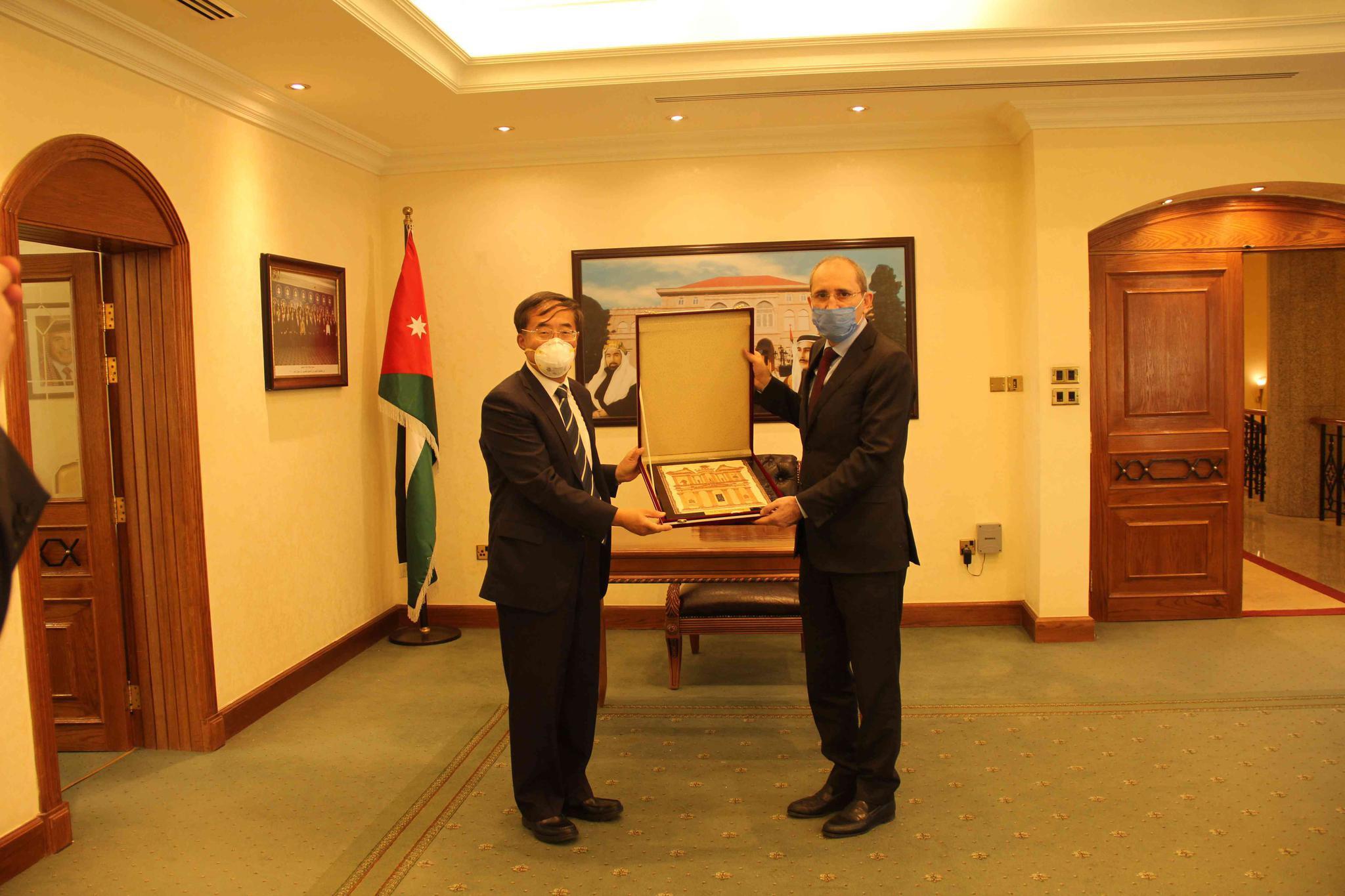 中国驻约旦大使潘伟芳即将离任图片