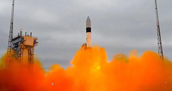 """俄罗斯""""格洛纳斯-K""""导航卫星进入预定轨道"""