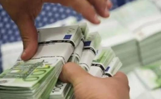 希腊再发15年期国债吸金20亿欧元