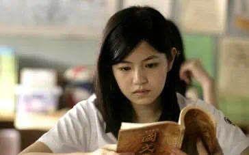 """不必用""""学霸宿舍""""佳话暗示""""读研优于工作""""图片"""