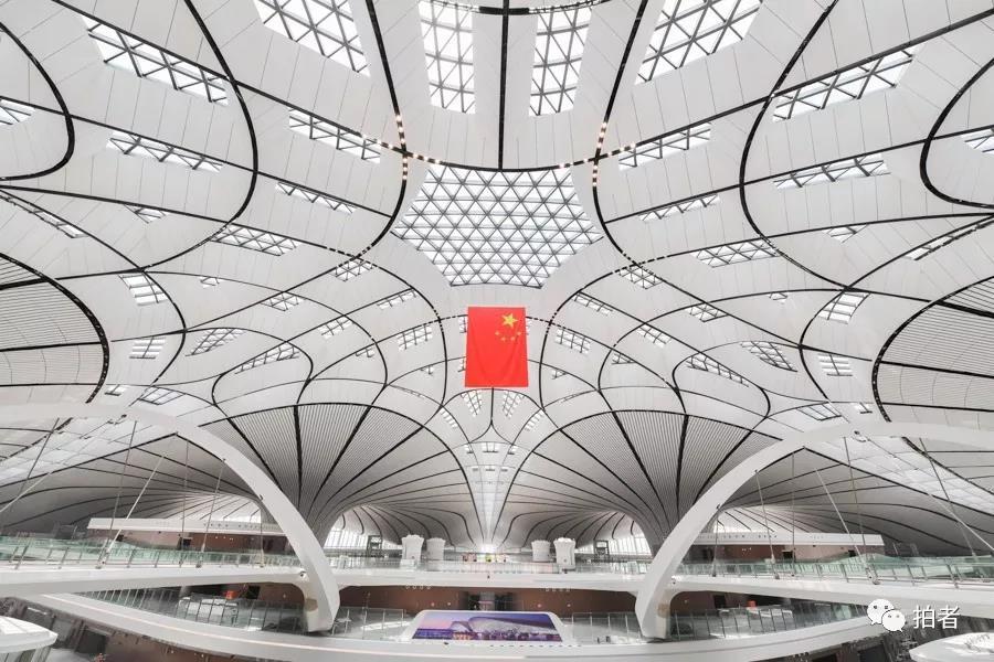 △ 2019年6月22日,大兴机场,航站楼内部布局。拍照 / 新京报记者陶冉